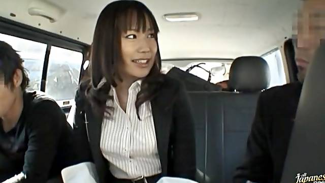 Closeup video of sexy Kasumi Uemura having sex in the car. HD
