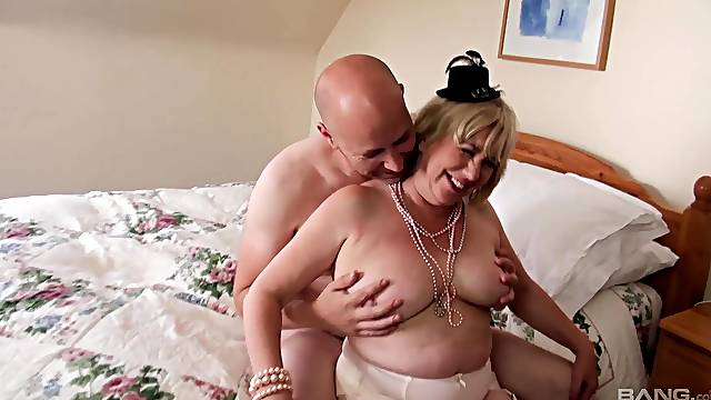 Cum in mouth ending after wild fucking with horny mature Trisha