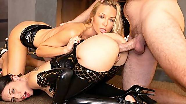 Two awesome models Kayden Kross and Aidra Fox share a big dick
