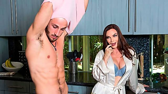 Angelic MILF with gorgeous big-boobs Diamond Foxxx fucks with a young man