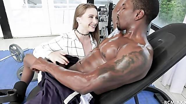 Black athlete is fucking a big-bottomed white model Laney Grey