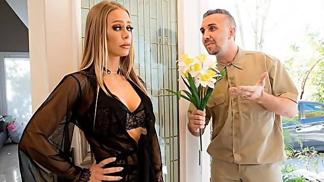 Glamorous mademoiselle Nicole Aniston screwed in her lovely poses