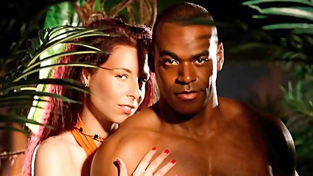 Glamorous model Antonia Sainz passionately impaled from behind