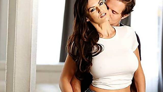 Busty brunette Becky Bandini likes intensive pound with a new lover