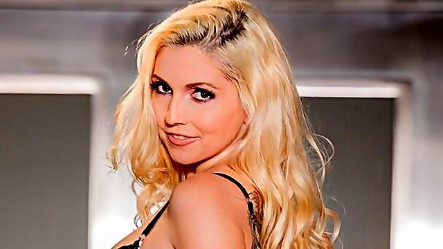 Godlike blonde in stockings Christie Stevens likes anal sex