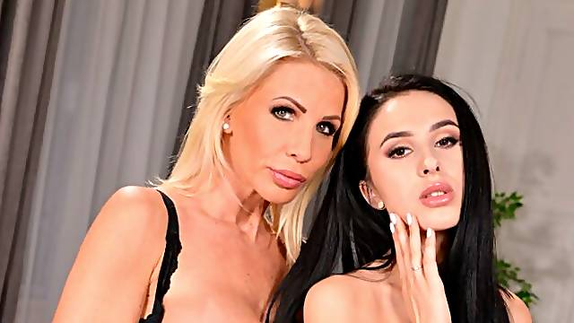Beautiful sex games with two hot models Tiffany Rousso and Alyssa Bounty