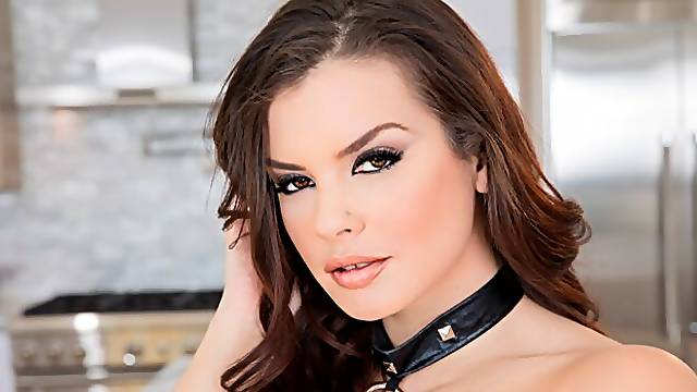 Aesthetic hottie Keisha Grey gets her ass fucked by a large dick