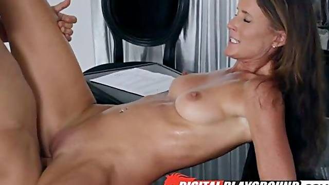 Astonishing fit MILF Sofie Marie gives a good lesson for a horny stud