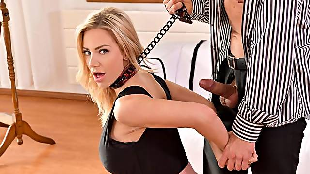 Submissive glamorous blonde Nathaly Cherie loves intensive anal