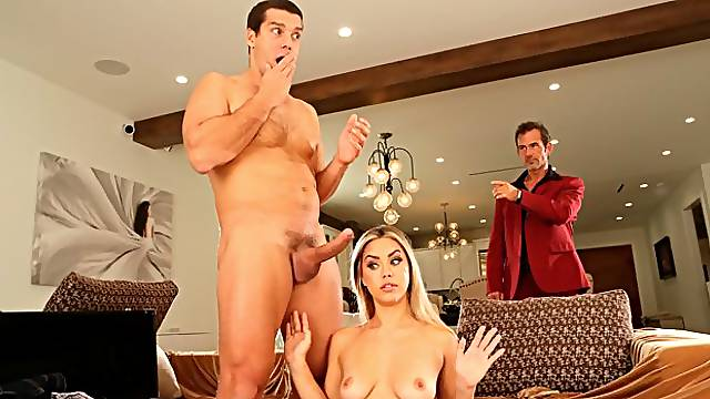 Alina Lopez Gets Her Tight Pussy Fine Tuned For A Band Audition
