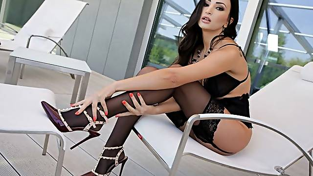 Cladded in black lingerie the gorgeous Alyssia Kent is ready to offer her mouth, pussy and feet to please her hung lover Lutro. The chemistry between them has no equal and they treat us the best foot fetish scene in a long time