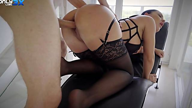 Busty temptress Honey Demon rough sex with Erik Everhard