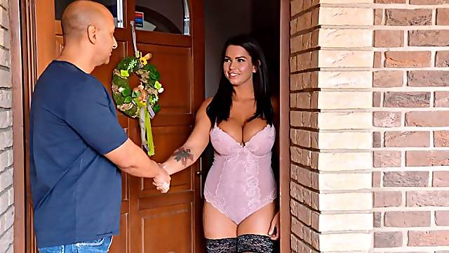 Slovakian Sex Goddess Loves to Titty Fuck