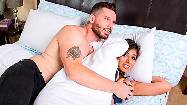 Brunette Ella Knox fucking in the bed with her bubble butt