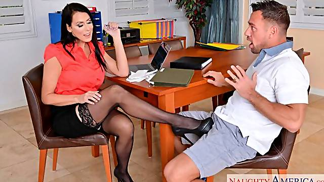 American Reagan Foxx fucking in the office with her tits