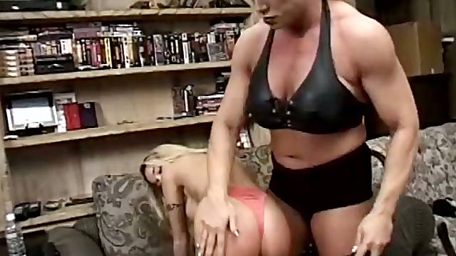 Ugly as fuck muscle brunette Nicole Bass makes chick lick her feet