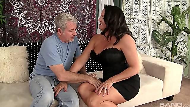 Cougar Laylani Wood goes wild on a hard big dick