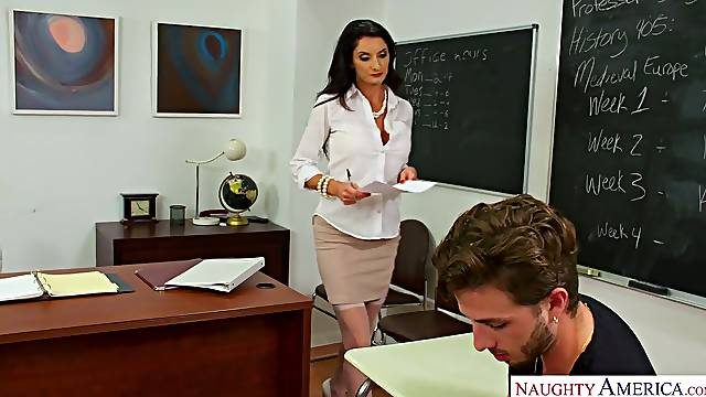 Ride-or-die bithcy teacher Silvia Saige hooks up with straight A-student