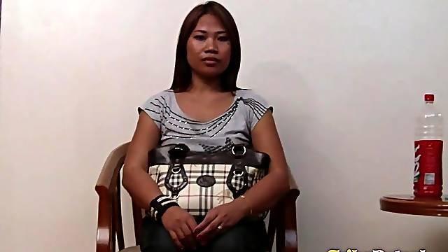 Kinky married guy is fucking Filipina escort girl Genie
