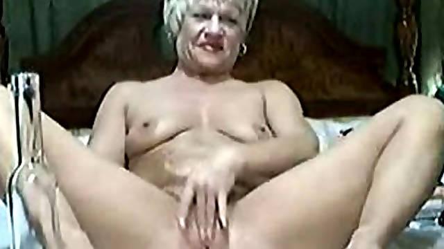 Nice stolen video of my mum havinf fun on web cam
