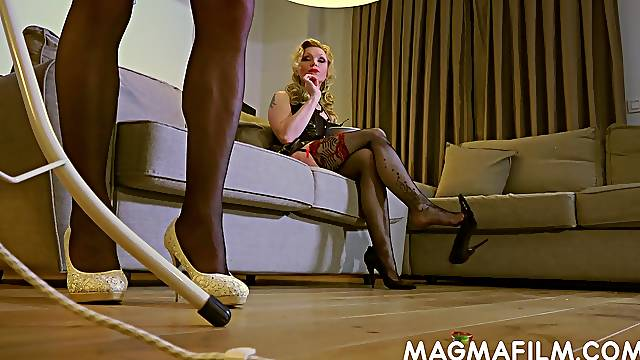 Crossdresser in sexy stockings gets used by his sexy dominatrix