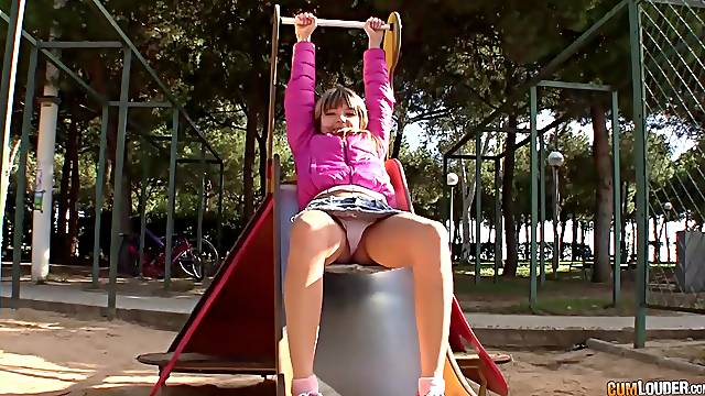 Petite Russian babe is quite a naughty babe and a true anal queen