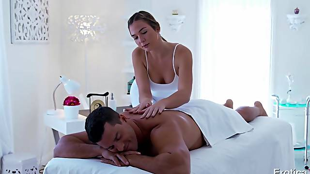 Tall sexy masseuse Blair Williams has sex with her well endowed client