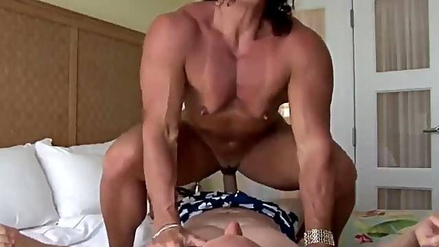 Muscle Babe Rides Her Skinny Brother