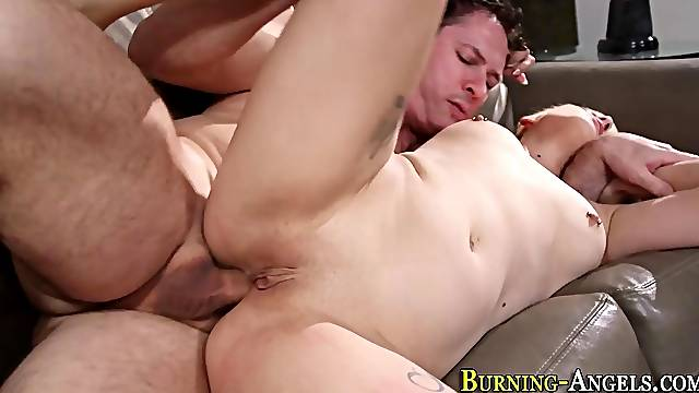Emo blondes ass fucked