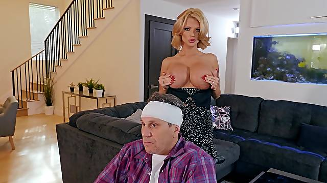 Big ass wife amazes with how good she can fuck