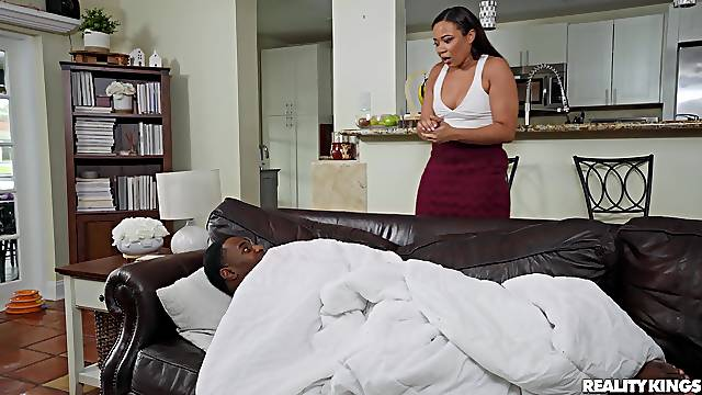 Black dude suits perfect woman with deep inches in her ass
