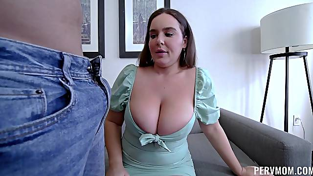 Big cock for chubby ass mom's pink cherry