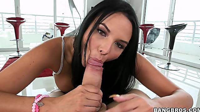 Insolent brunette amazes with pure POV oral fun