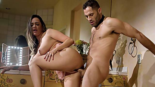 Adorable babe Sofi Ryan gives a blowjob and gets fucked from behind