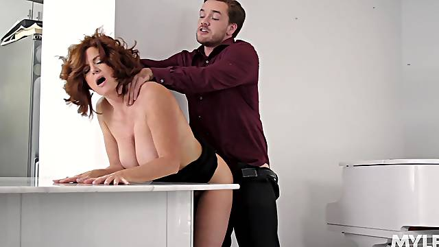 Aged maven Andi James holds her own during hookup with younger man