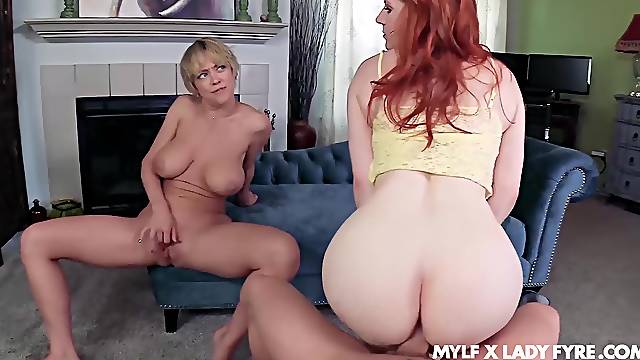 Dee Williams oozes milky cum after FFM fuck with Lady Fyre