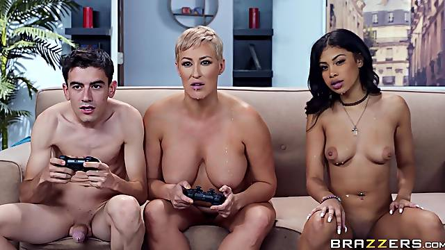 MILF Ryan Keely joins young Jeni Angel and a gamer boy