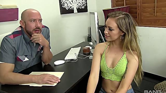 Cop deep fucks European slut after gagging her a little