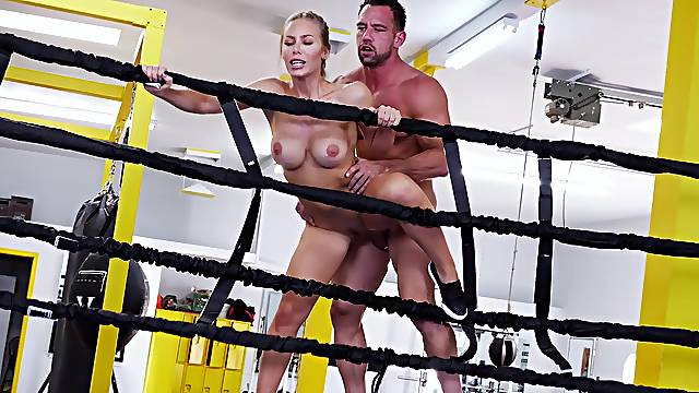 Sporty woman gets ass rammed in the ring by her personal trainer