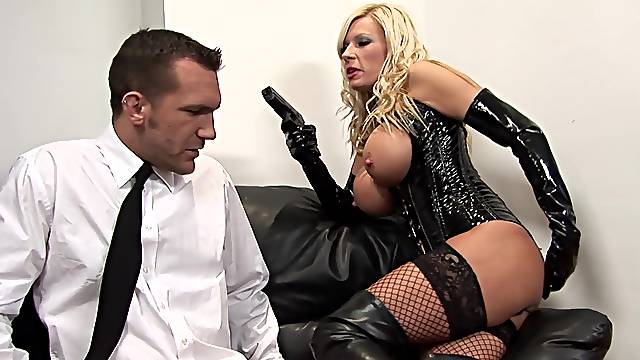 Chesty Michelle Thorne is all dolled up in black during erotic sex