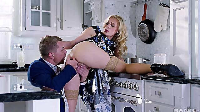 Blonde MILF receives another man's huge dong to suit her restless desires