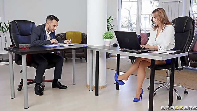 It's the first time for this office babe when she gets laid with one of the co-workers