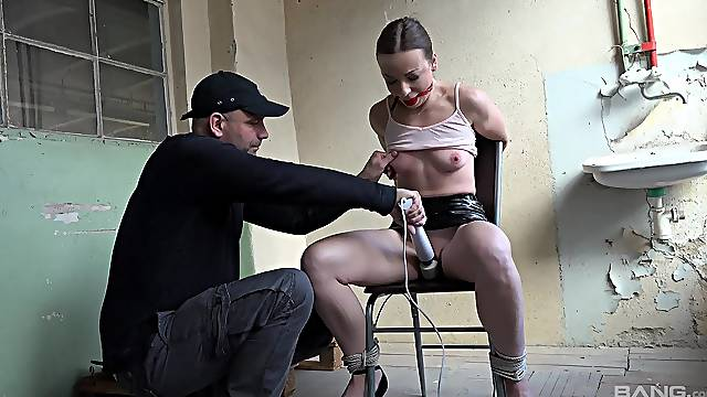 Obedient chick gagged and tied up for a wild maledom scene