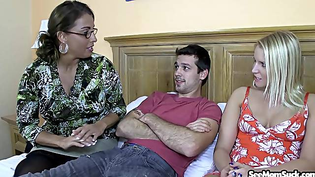 Older lady Stacie Starr gives some great insight into the perfect BJ