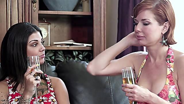 Squirting brunette loves having her mom as her sex partner