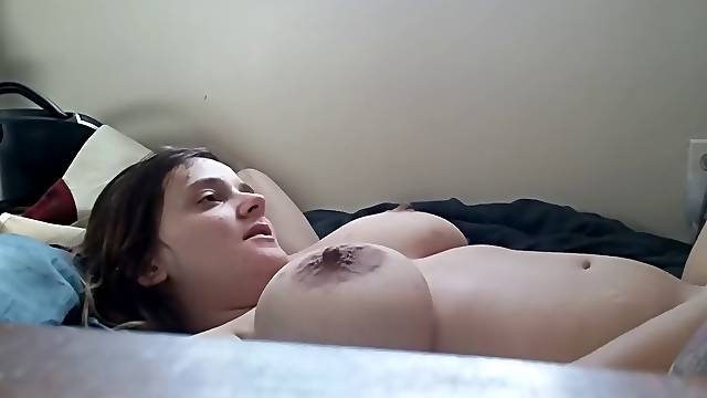 Chubby wife gets her swollen quim nailed close up