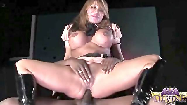 Ava Devine Deep throats and Nails Rod Piper