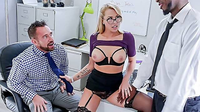 Secretary in threesome office rimming