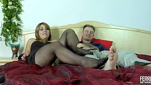 Miriam&Peter nylon footsex action