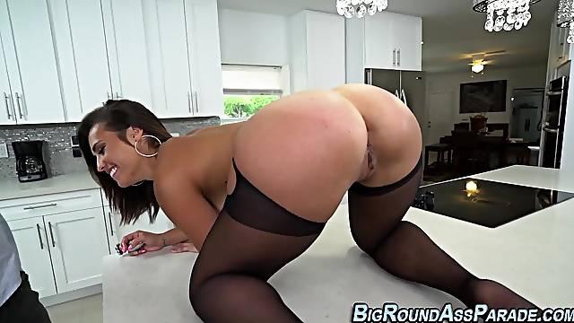 Stockings booty latina